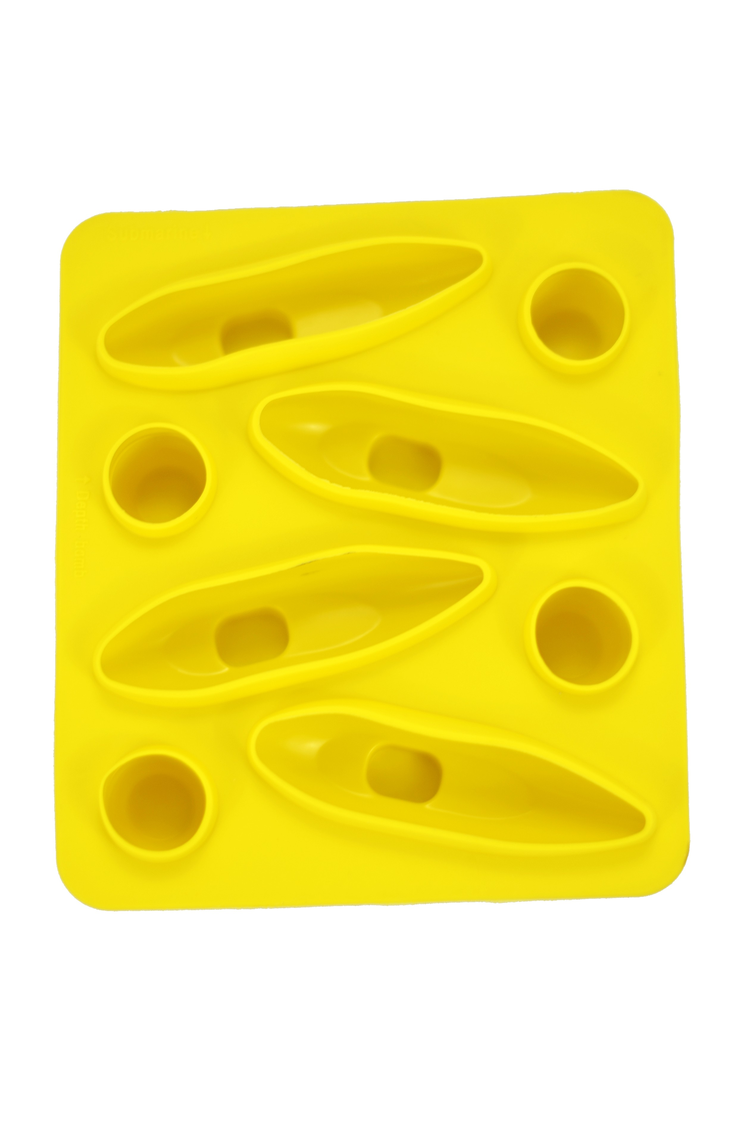 Submarine Ice Cube Tray Main 2500
